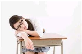 久坐小腹凸精神差?一個動作就能練核心趕跑睡意