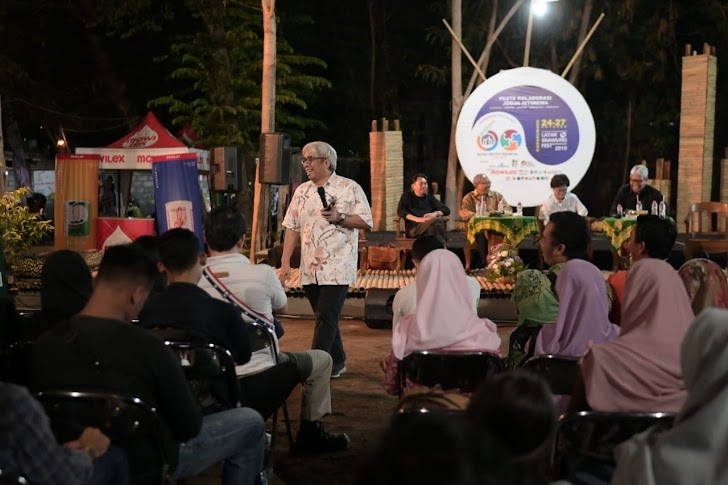 Kolaborasi dengan IAI DIY Mowilex Beraksi Warnai Latar Srawung