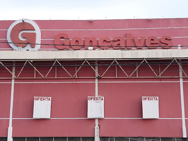 Prédio do Supermercado Gonçalves na Avenida Abunã, região central de Porto Velho