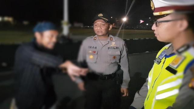 Ogah Ditilang, Pria Ngaku Ketua Ormas di Sukabumi Debat Polisi