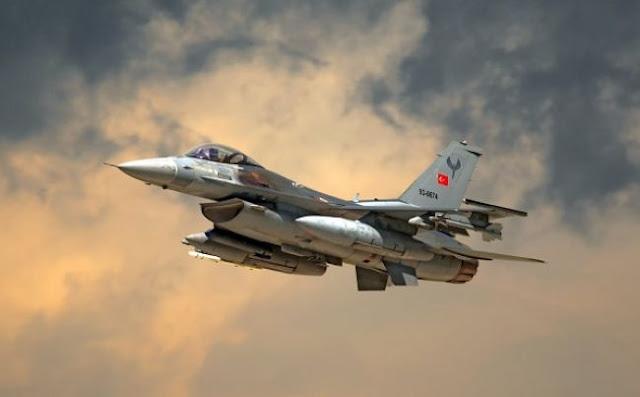 Αιγαίο: 40 τουρκικές παραβιάσεις και 16 εικονικές αερομαχίες