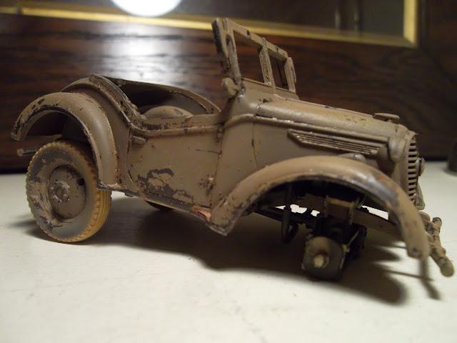 1/35 Kurogane Japanese jeep - the wheels start to go on