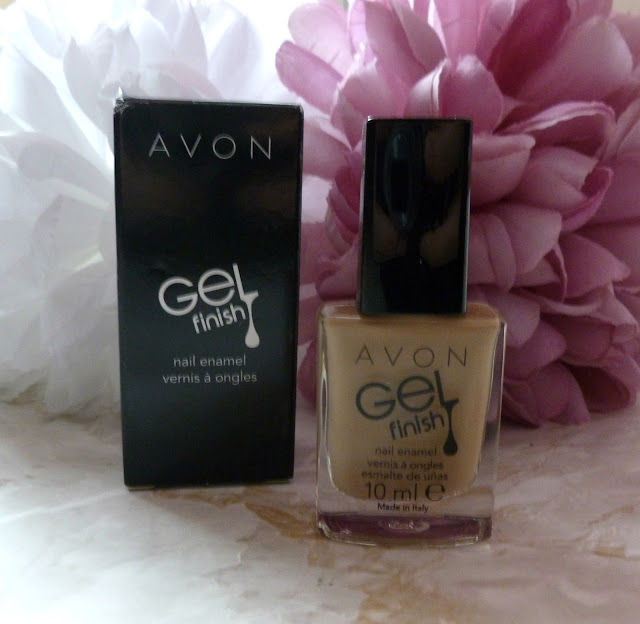 Nails With Avon - A Review
