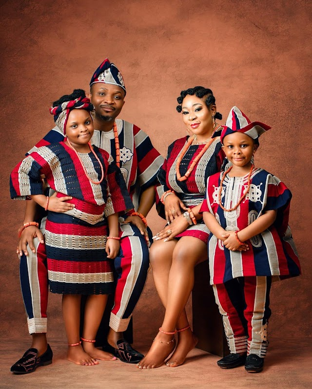The Awobanjos Celebrates Their Anniversary In African Style
