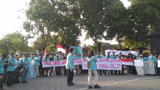 Aliansi Sebelas Maret Menggugat Omnibus Law