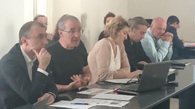 http://www.adec.corsica/Reunion-avec-les-P-M-de-Corse-Pour-la-mise-en-place-d-un-service-public-de-la-mediation-numerique_a207.html