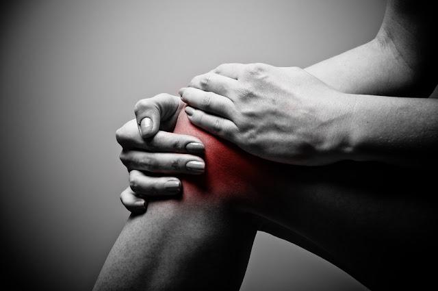 ألم الركبة - ألم الركبة والأعراض والاسباب Knee pain, symptoms and causes in Arabic