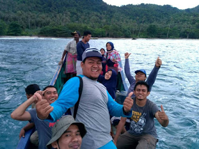 team backpacker pulau aceh