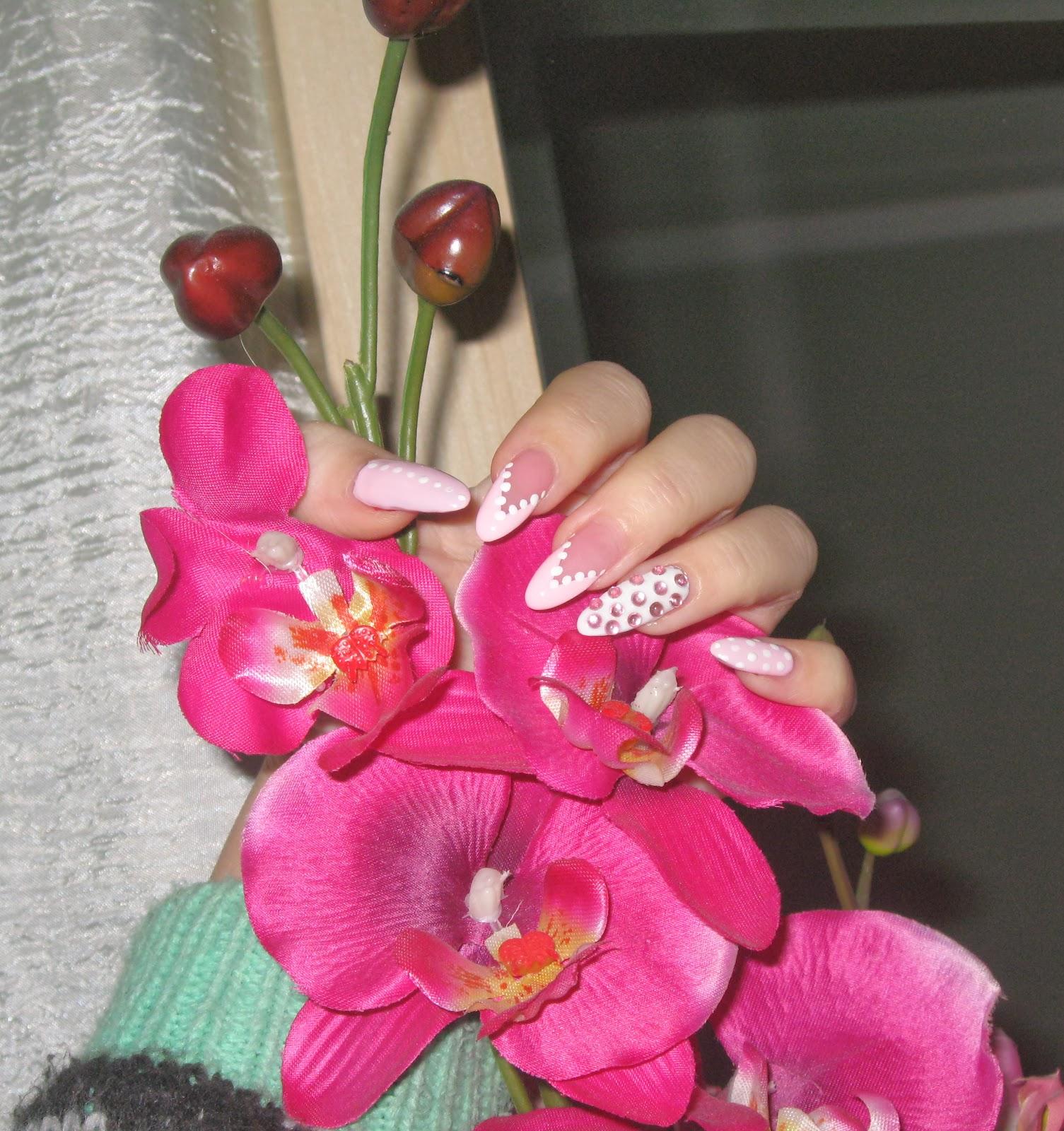pale pink nail design