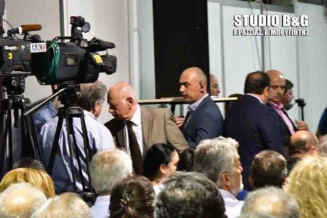 Προσβλητική αποχώρηση του Υπουργού Οικονομίας και Ανάπτυξης από τα εγκαίνια Πελοπόννησος EXPRO στην Αργολίδα (βίντεο)