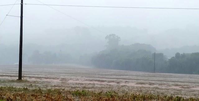 A chuva chegou a Roncador depois de longo período de estiagem