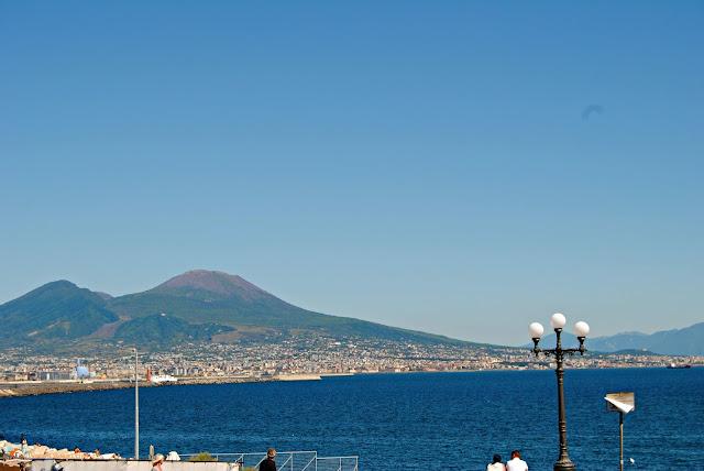 Vesuvio,napoli impressioni, opinioni su napoli, viaggio a napoli, impressioni vacanza napoli