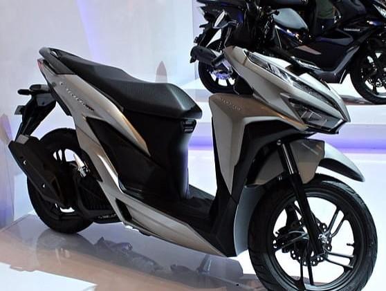 """Honda Vario 150 Gredek? Minta Tolong Sama Nmax (Ganti Part """"ini"""" dengan Punya Nmax)"""