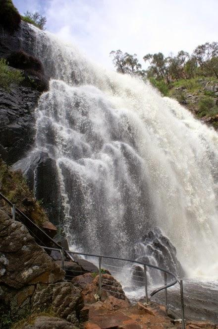 Mackenzie Falls, Australia