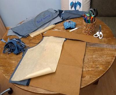 kurtka jeansowa DIY uszyta ze spodni