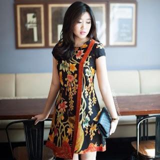 Model baju batik pesta mewah