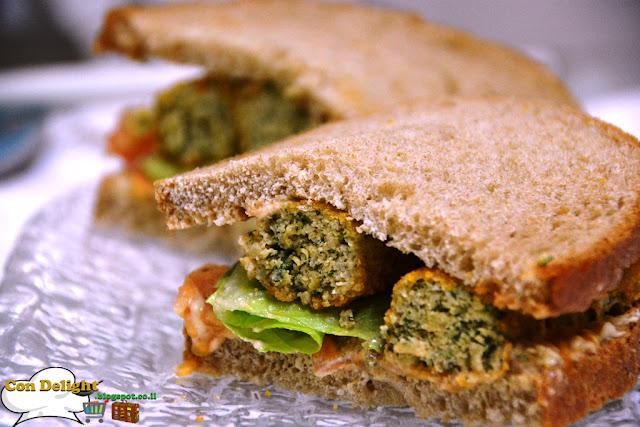 סנדוויץ קריספי סטיקס Crispy sticks sandwich