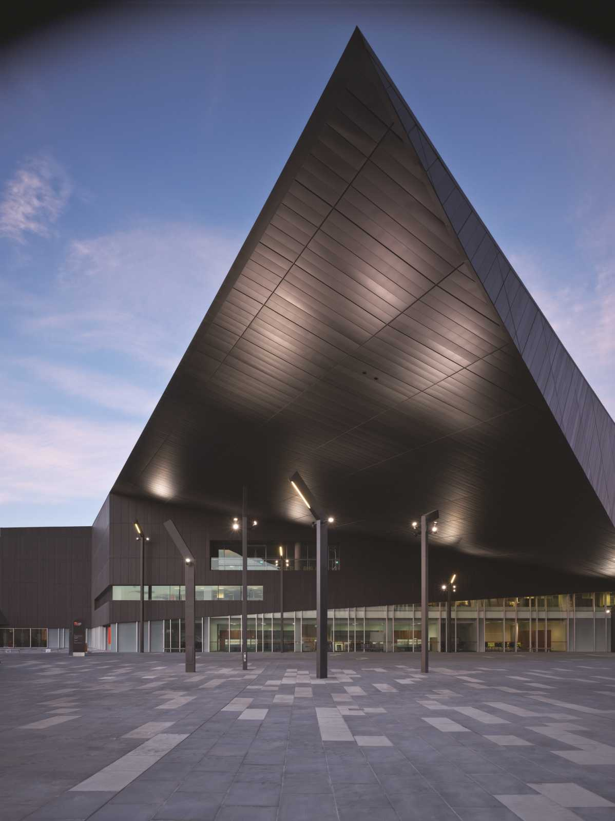 Melbourne Convention And Exhibition Centre By Woods Bagot