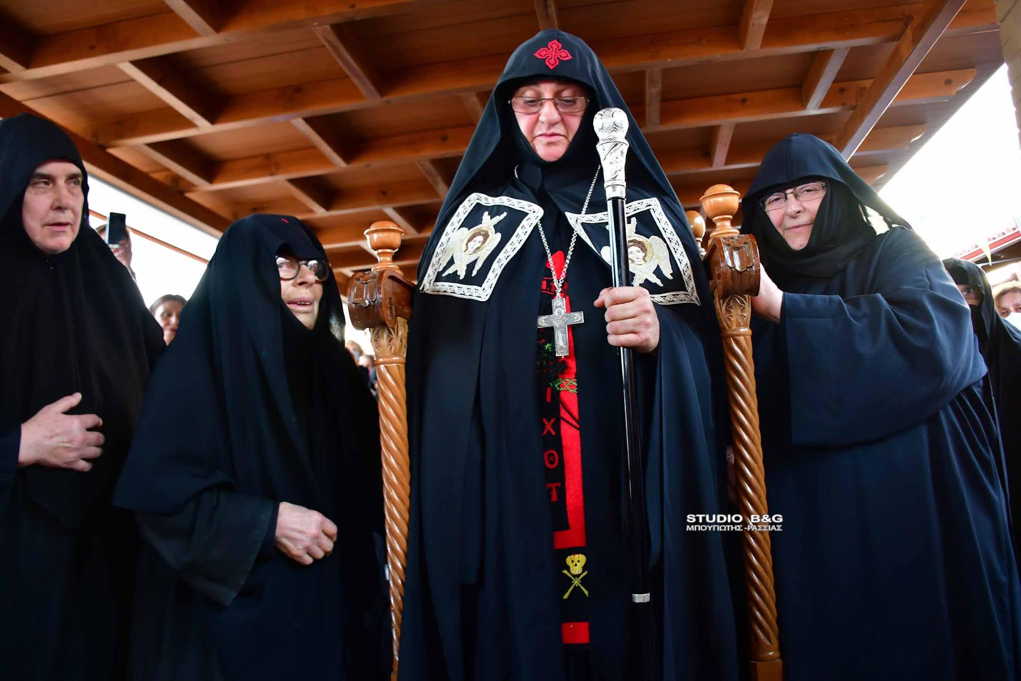Ενθρόνιση της Νέας Ηγουμένης στην Ι.Μ. Αγίας Μαρίνας Άργους από τον Μητροπολίτη Αργολίδος κ. Νεκτάριο