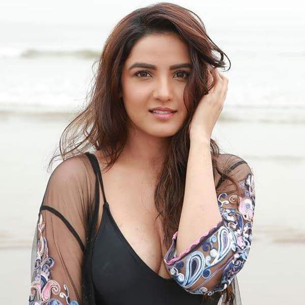 Jasmin Bhasin Indian actress model