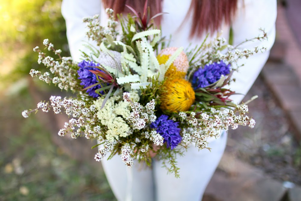 Lucy and The Runaways: Wedding Bouquet Practice with Australian ...