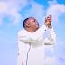 VIDEO l Chris Mwahangila - Kwa Mungu Yote Yanawezekana