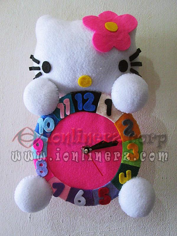 Jam Dinding Flanel Karakter Kartun Boneka Hello Kitty