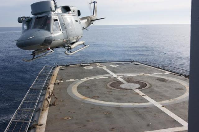 Απίστευτο: Πιλότος του Πολεμικού Ναυτικού έβγαλε με πιρούνι  τα μάτια του