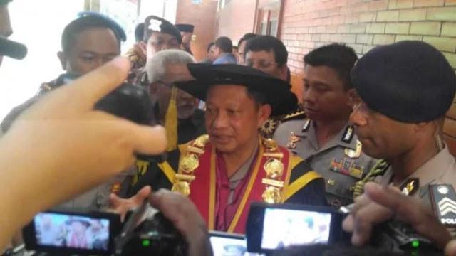"Soal Teror di Rumah Petinggi KPK, Kapolri Sebut ""Ada Petunjuk Menarik"""