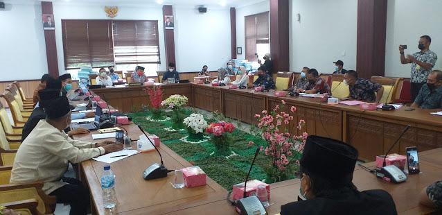 Komisi I DPRD Batam Gelar RDP Terkait Masalah Lahan SMP Negeri 60 Batam
