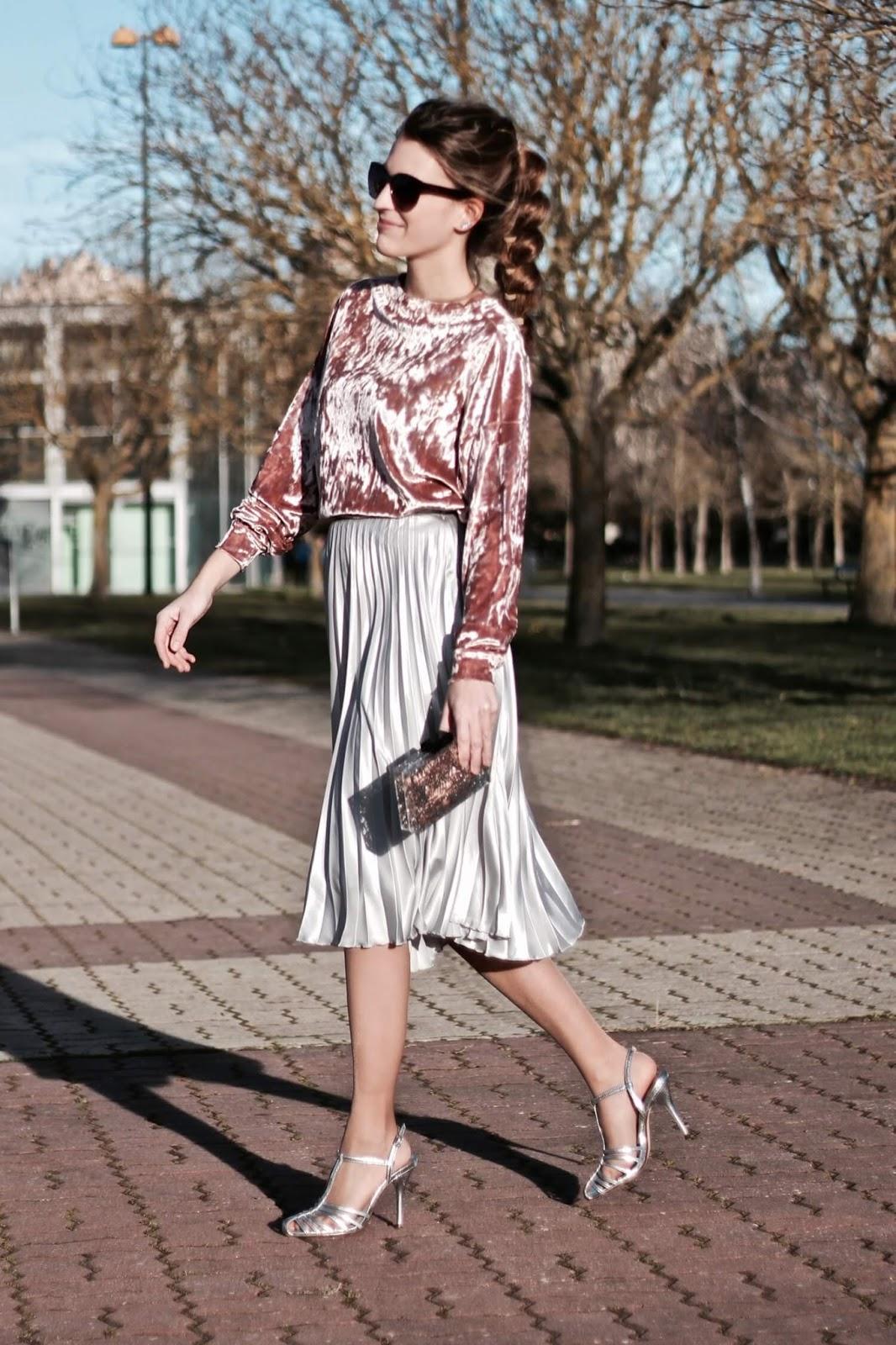 falda midi plateada