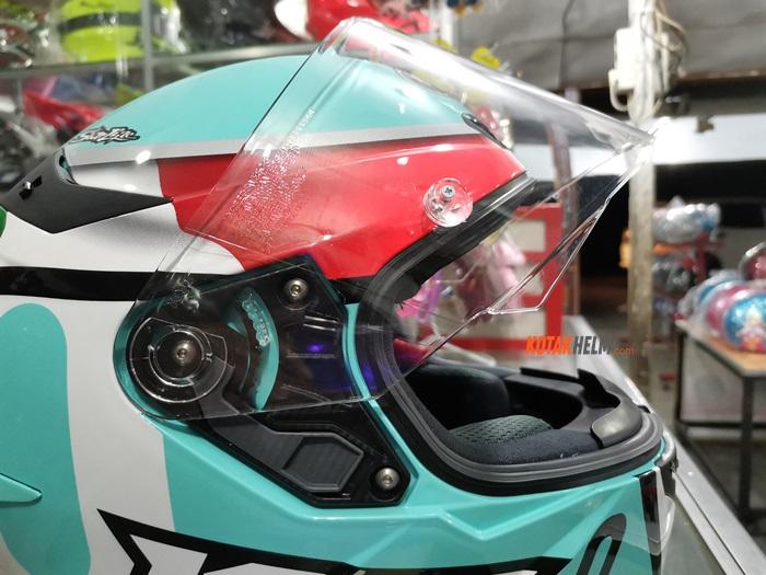 multistep visor meknism kyt TT Course