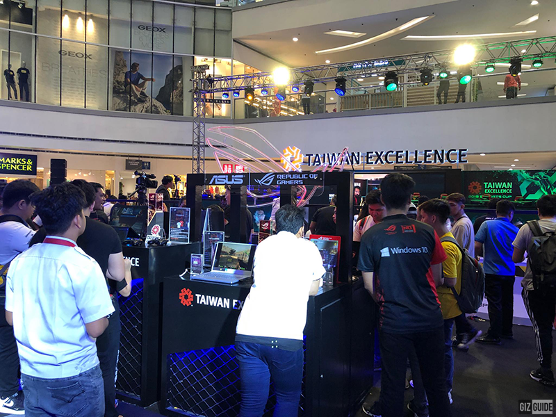 Crowd being drawn at 2019 Taiwan Excellence eSports Cup