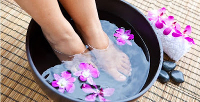 cure-smelly-feet-sunburns-at-home