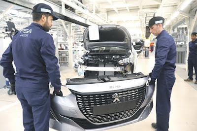 Maroc-  le Groupe PSA fait don de 50 voitures et 200 000 masques au Maroc