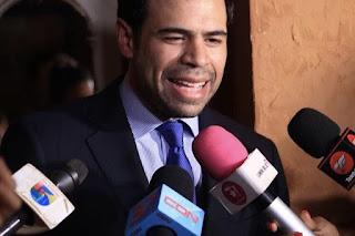 roberto-angel-salcedo-aseguro-pobre-millonarios-no-es-una-copia-del-film-mexicano-estrenado-en-el-2012-nosotros-los-nobles