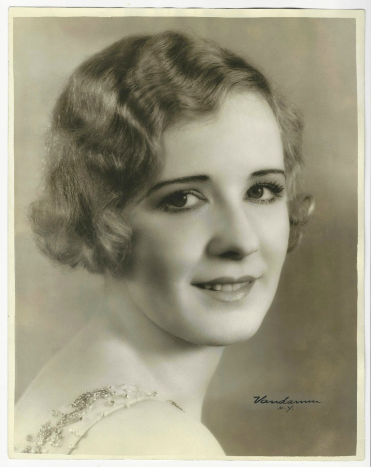 A Vintage Nerd Woodlawn Cemetery Mary Pickford Burial Vintage Blog Where Old Hollywood Stars are Buried Marilyn Miller