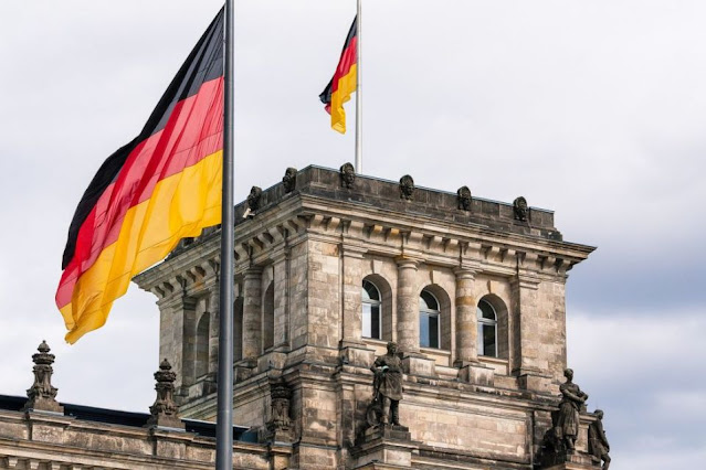 جديد !!!! للطلاب والخريجين العرب والاجانب فرصة الحصول على دورات صيفية في ألمانيا