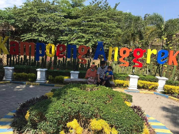 Wisata Kampung Anggrek Kediri