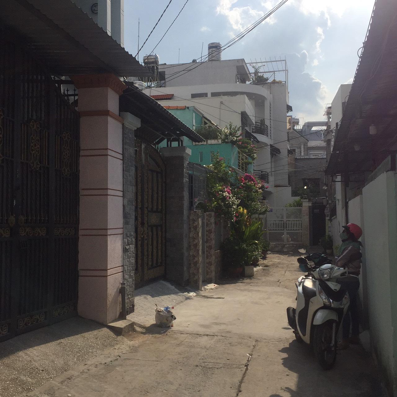 Bán nhà hẻm 989 Lê Đức Thọ phường 16 quận Gò Vấp. DT 4x16,5m