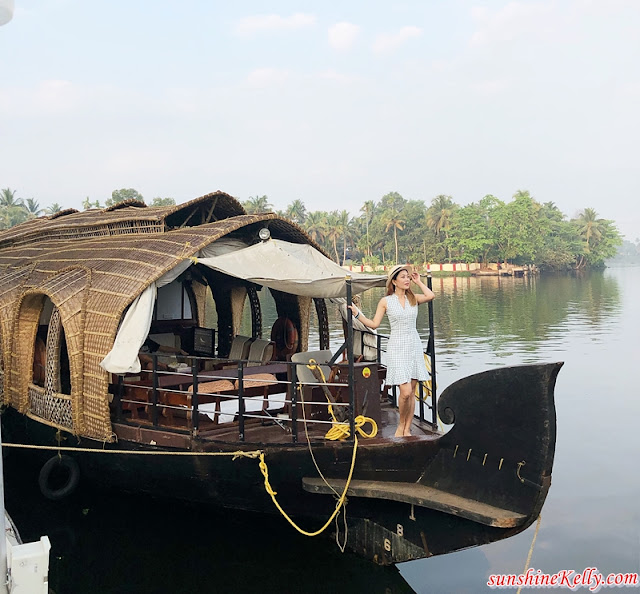 Kerala Backwaters, Alleppey Houseboat Experience, Alleppey Backwaters, Lakes & Lagoons Houseboat, Kerala, India, Kerala Blog Express, Kerala Tourism, Travel