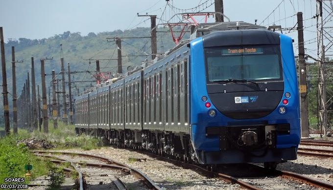 Trem da SuperVia é sequestrado por traficantes armados com fuzis na Zona Norte do Rio de Janeiro