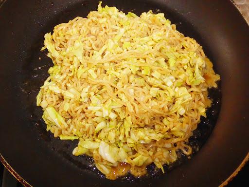 サンヨー食品・サッポロ一番しょうゆ味を使って『お好み焼き』を作ってみる!
