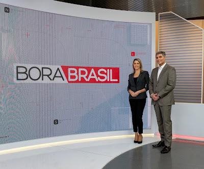 """Laura Ferreira e Joel Datena apresentam o """"Bora Brasil"""" - Divulgação/Band"""