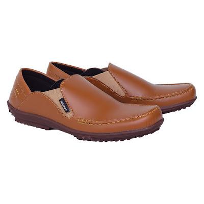 Sepatu Casual Pria Catenzo TE 007