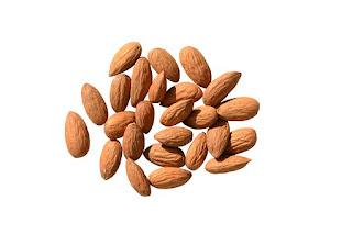 Almond use in Hindi