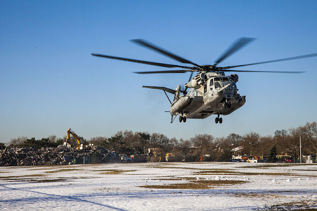 Gambar 58. Foto Helikopter Angkut Militer Sikorsky CH-53E Super Stallion