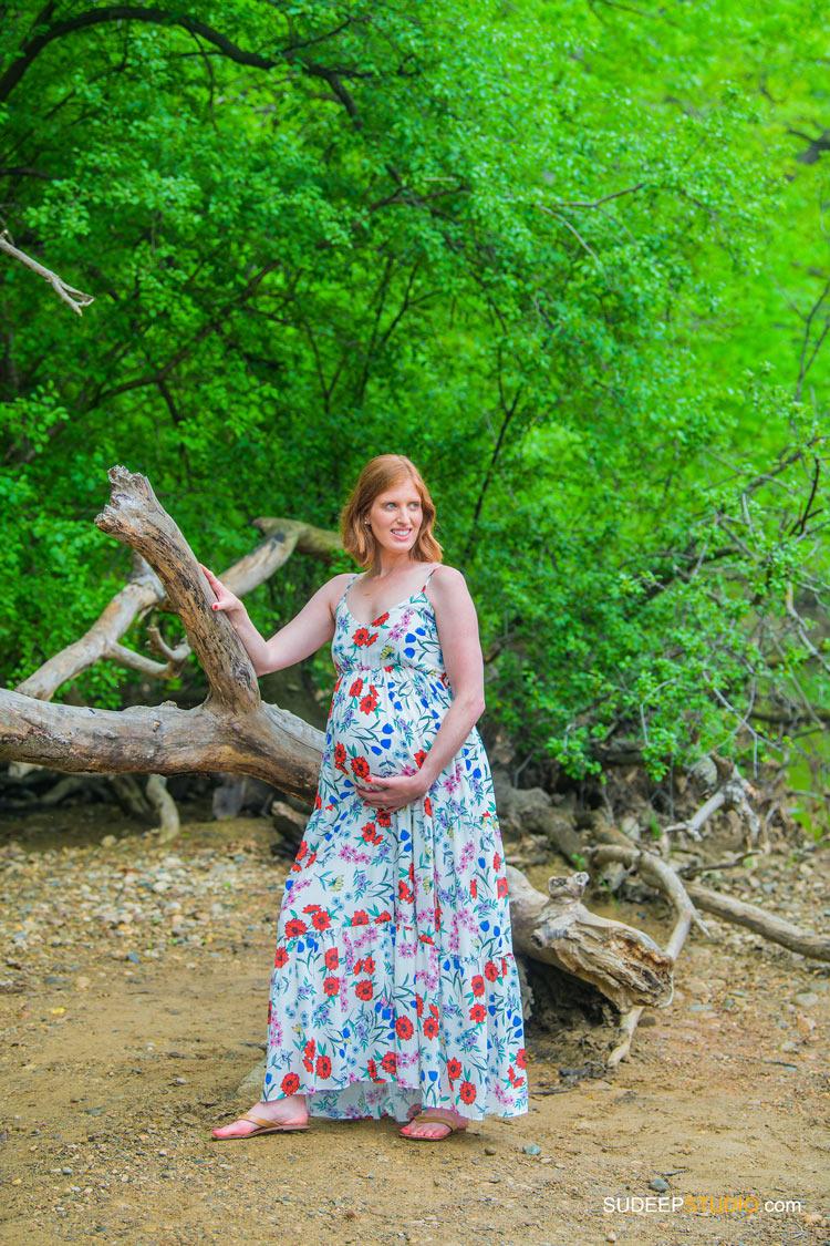 Maternity Photographer in Nature Outdoors by SudeepStudio.com Ann Arbor Dexter Maternity Portrait Photography