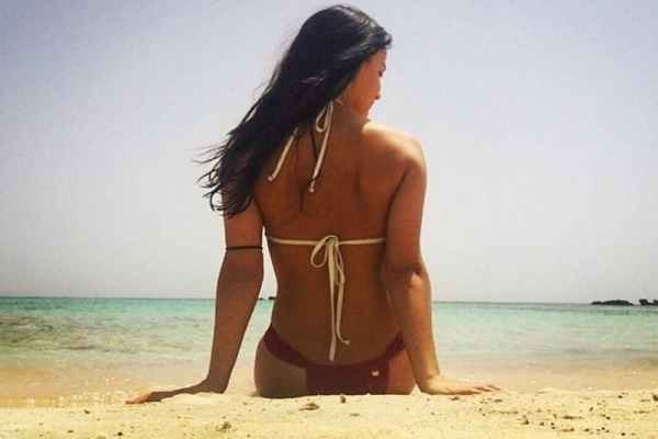 elli-avrram-hot-bikni-photo
