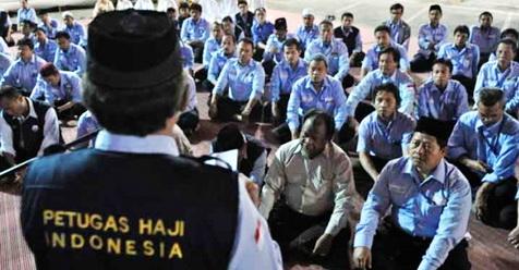 Petugas Haji Jangan Malah Plesiran di Tanah Suci, Anda Dibayar Untuk Melayani Jamaah Haji